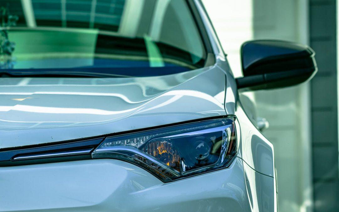 Ce iti poate oferi tie si masinii tale o tinichigerie auto moderna?